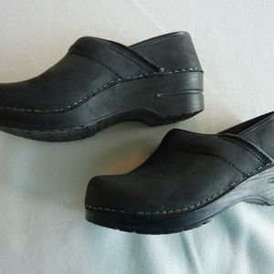 Dansko professional clogs shoes sz 6
